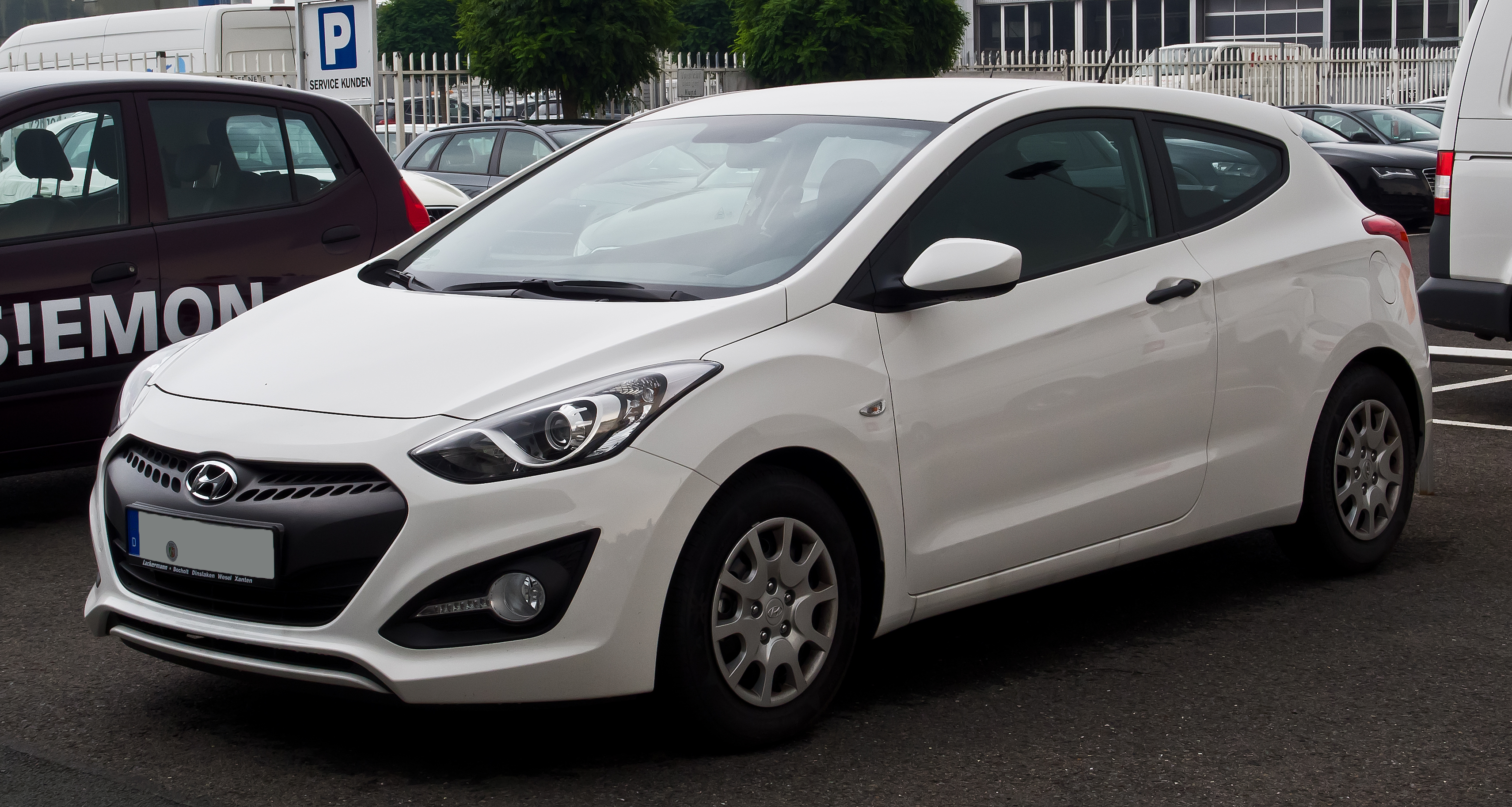 File:Hyundai i30 Coupé (II) – Frontansicht, 7. September ...