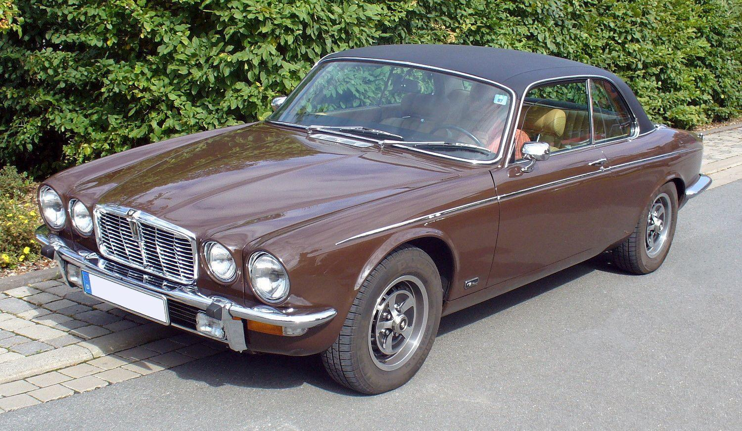 File:Jaguar XJ Series II Coupé 5,3 V12.JPG
