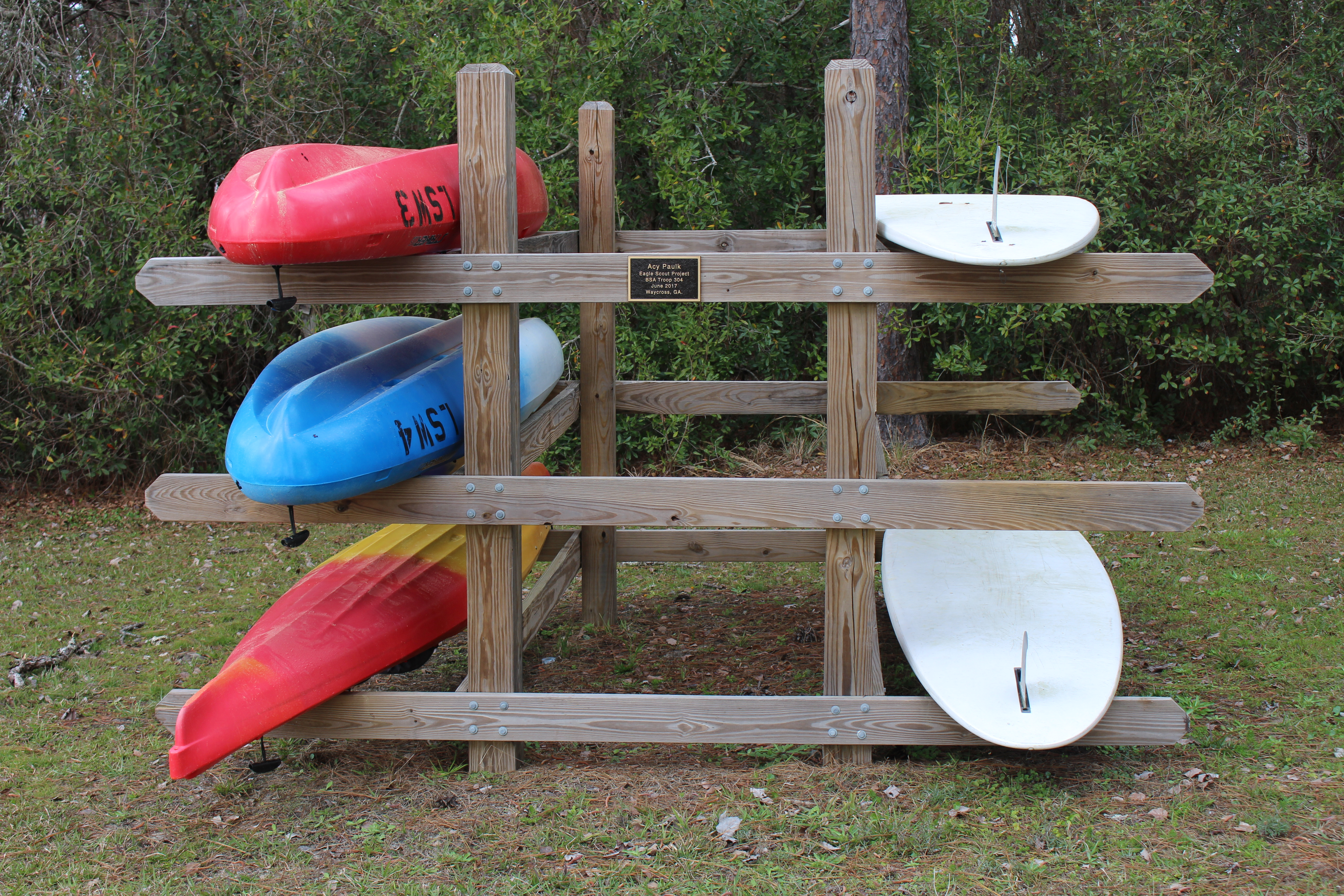 Paddle Board Rack >> File Laura S Walker State Park Kayak And Paddle Board Rack