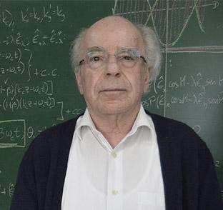 Luis de la Peña Mexican physicist