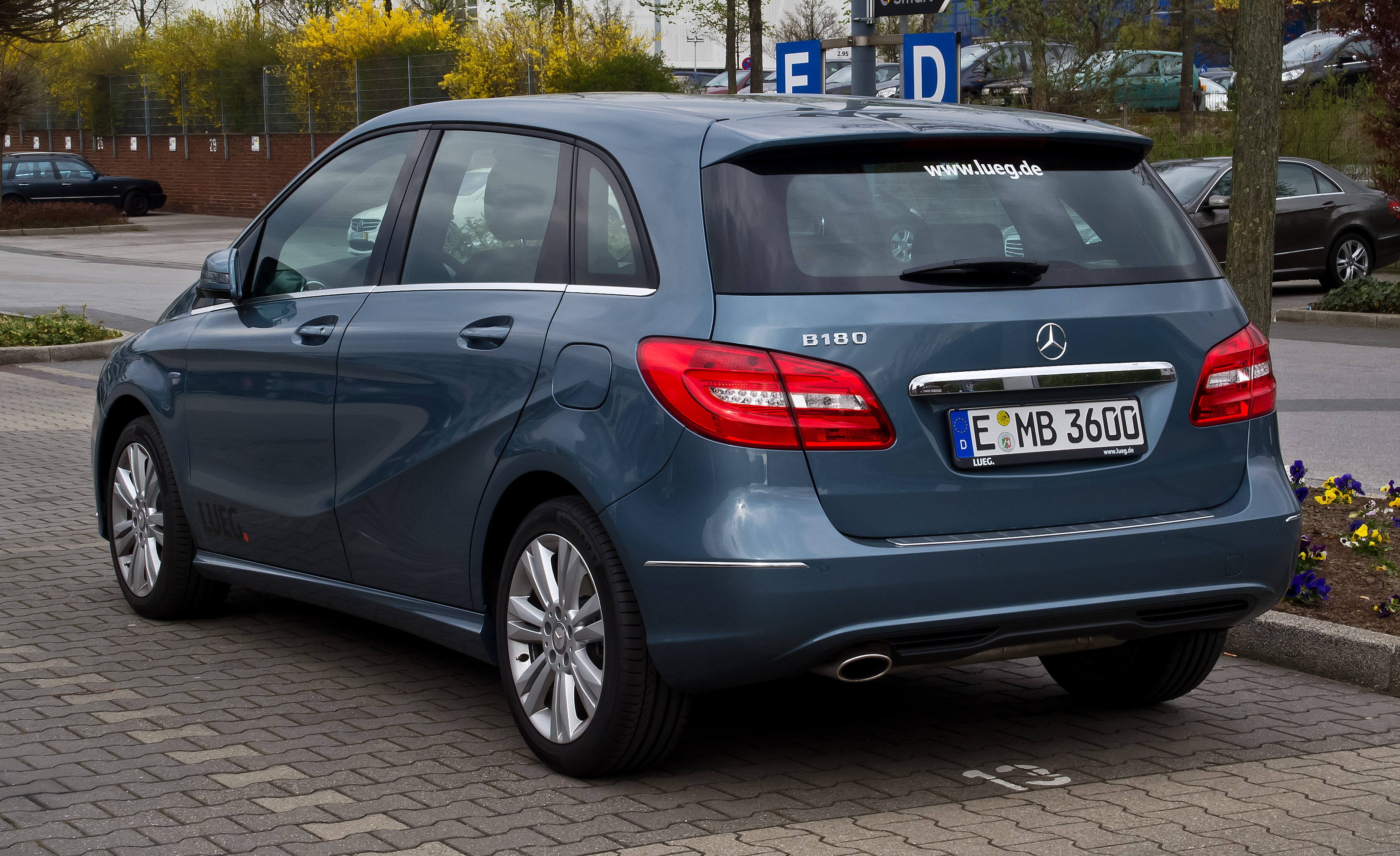 file mercedes benz b 180 blueefficiency w 246 heckansicht 1 1 april 2012. Black Bedroom Furniture Sets. Home Design Ideas