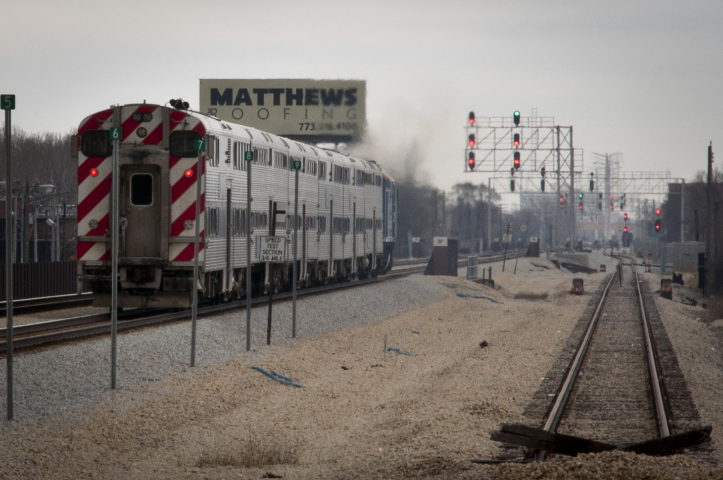 file:metra train no. 209 on the rock island district mainline
