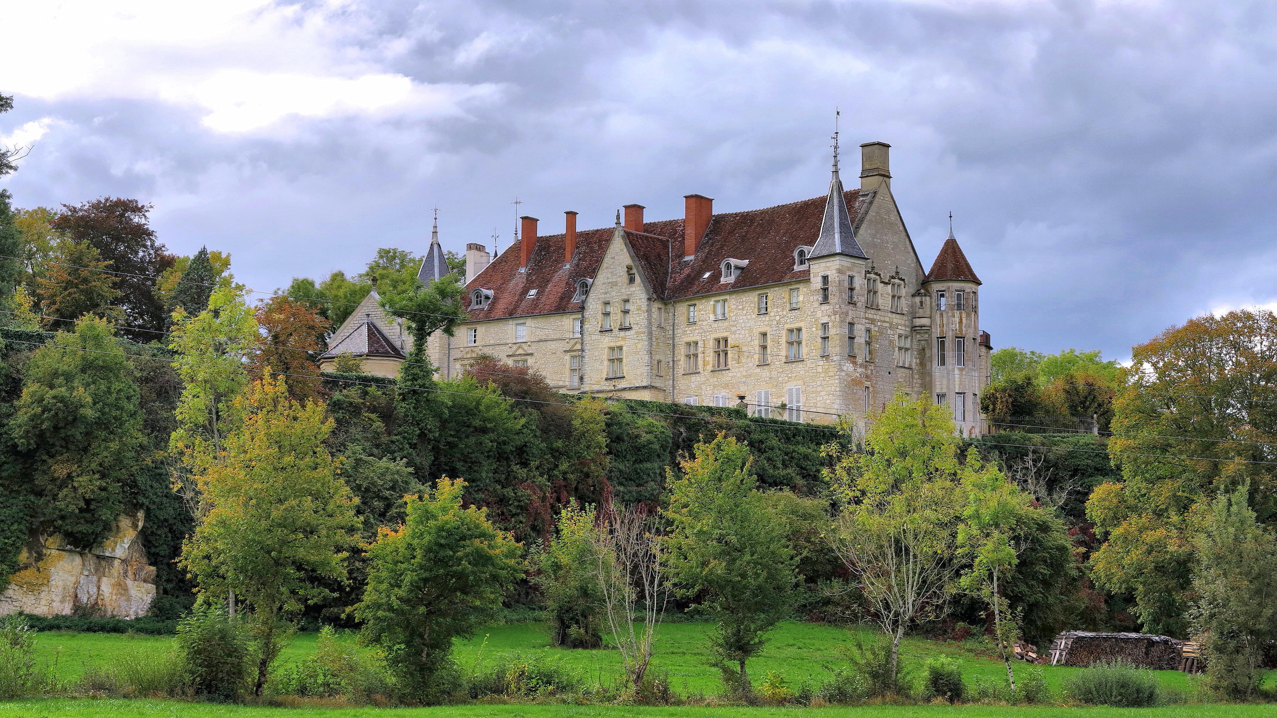 Château de Montrambert