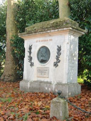 Monument hommage à Nicolas Poussin - les Andelys