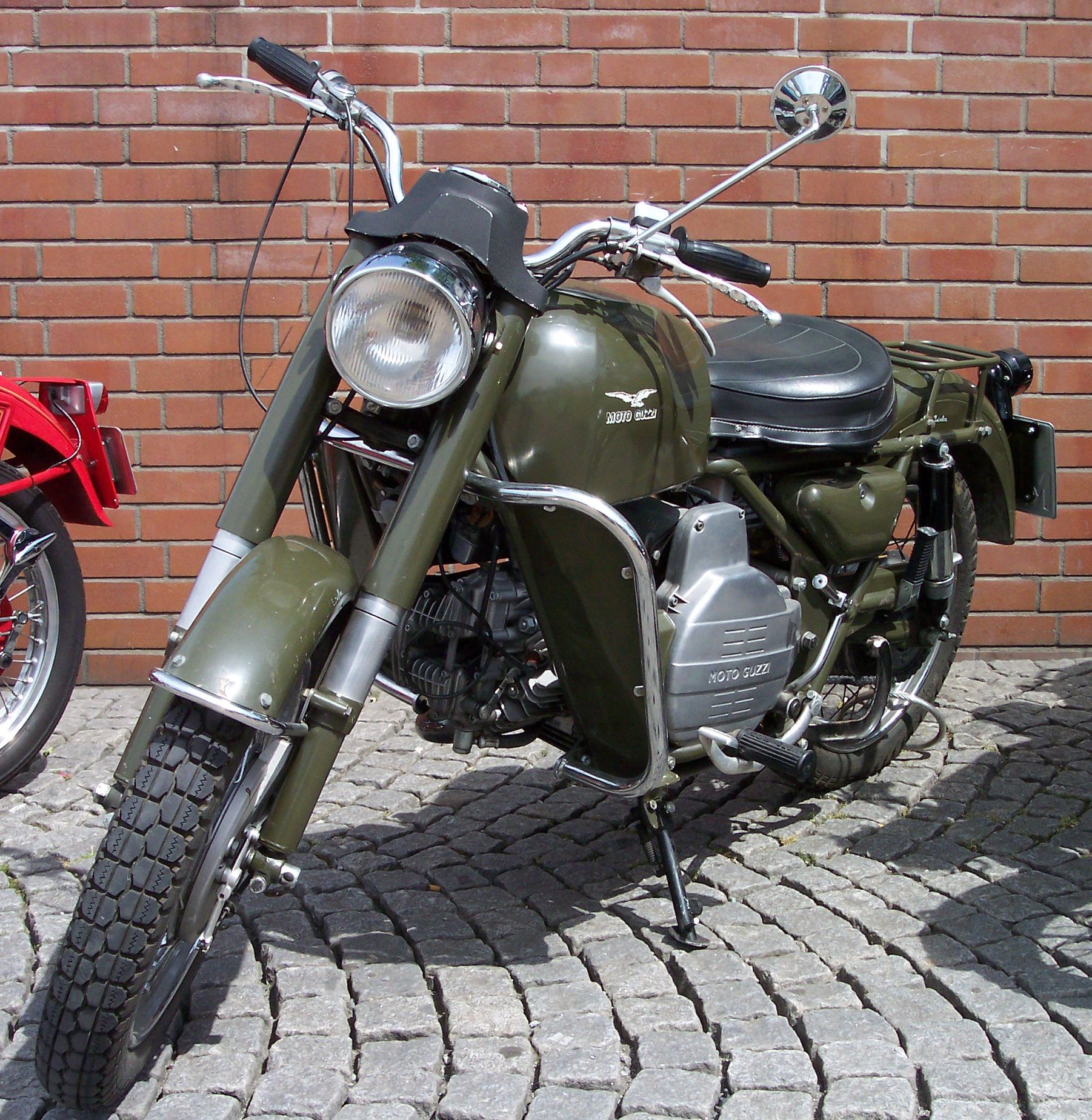 file moto guzzi nuovo falcone militaria green vl jpg. Black Bedroom Furniture Sets. Home Design Ideas