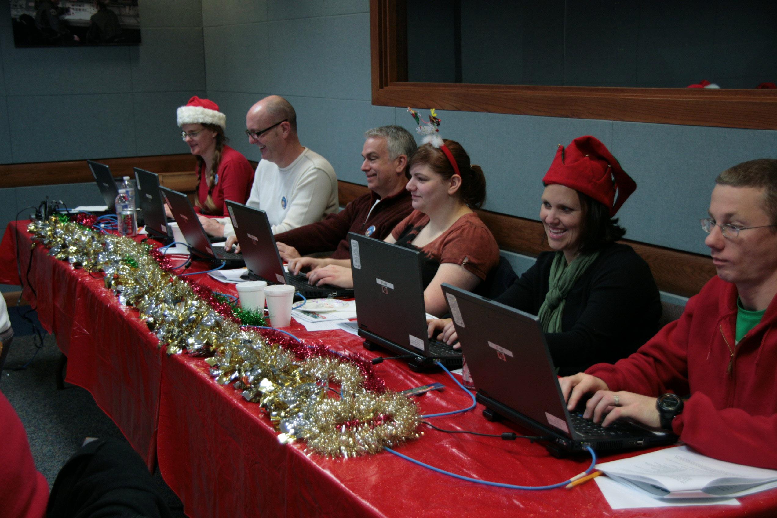 File:NORAD tracks Santa DVIDS234566.jpg - Wikimedia Commons