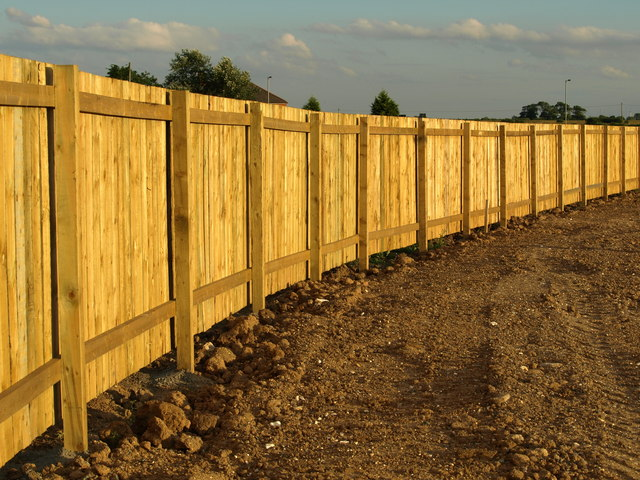 File New Wooden Fence