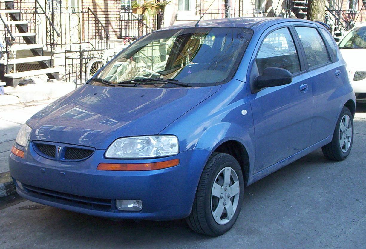 2004 Chevrolet Aveo Base - Sedan 1.6L Manual