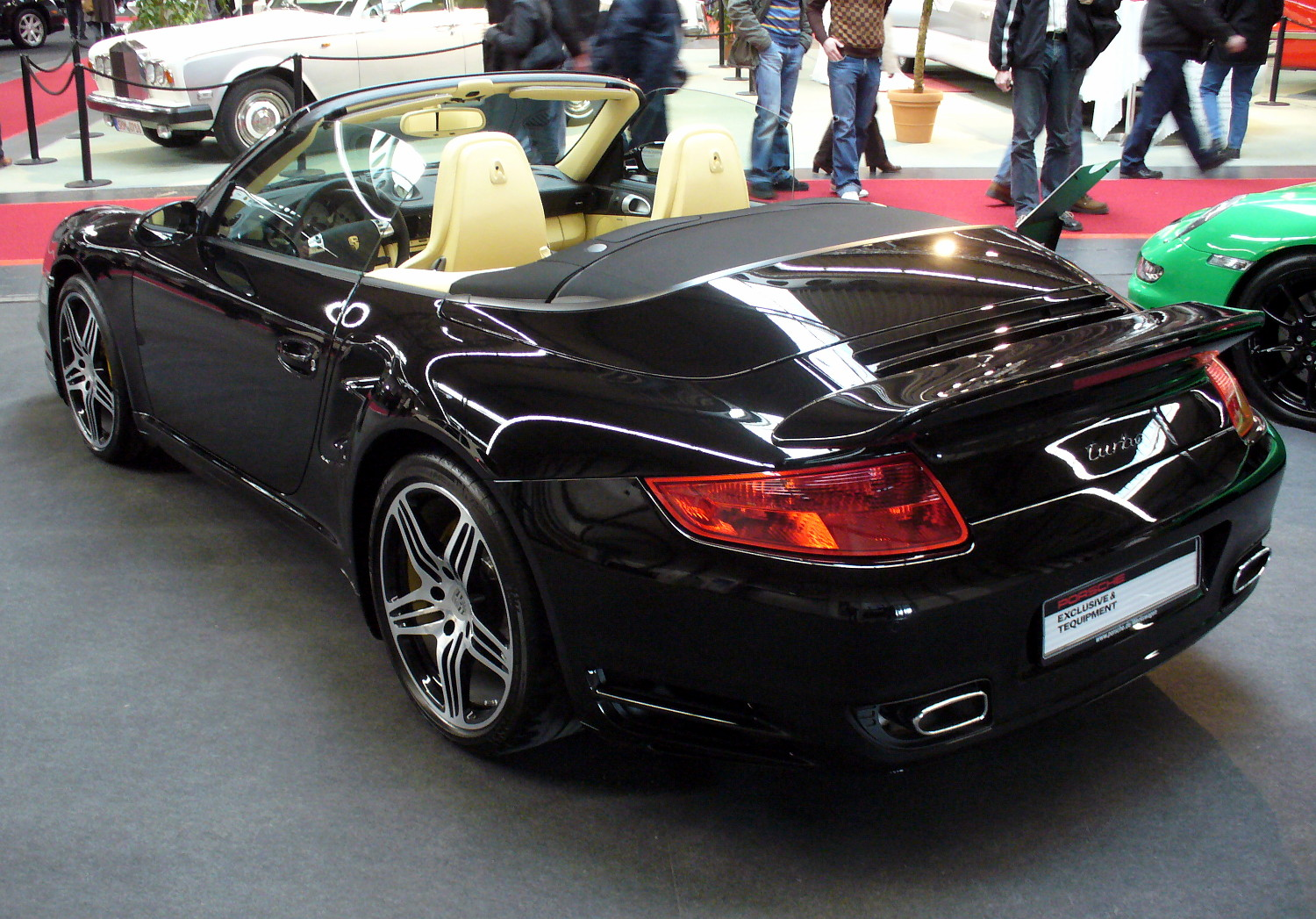 file porsche 997 turbo cabriolet heck jpg wikimedia commons. Black Bedroom Furniture Sets. Home Design Ideas