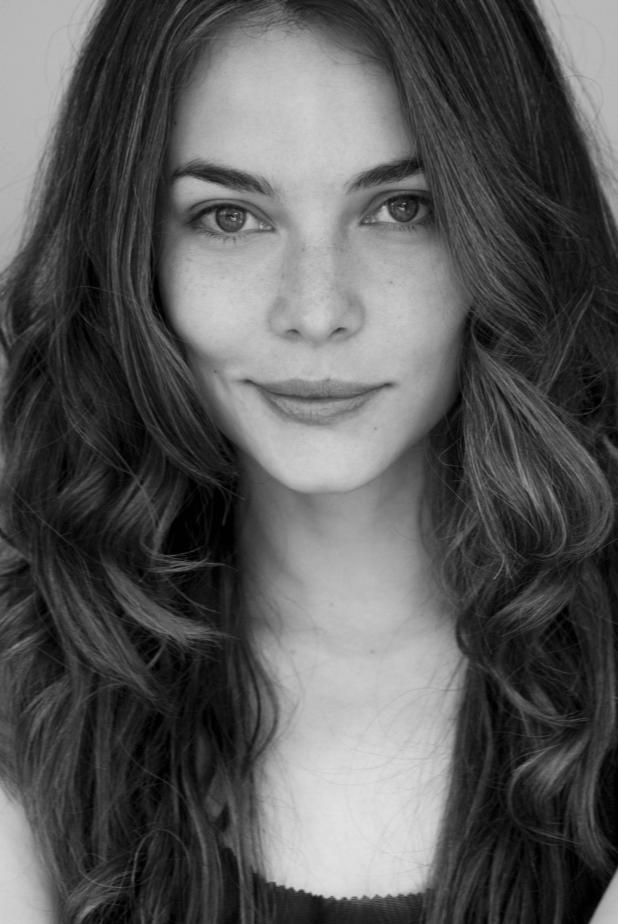 Portrait_of_Maria_Dalmazzo,_Headshot_in_