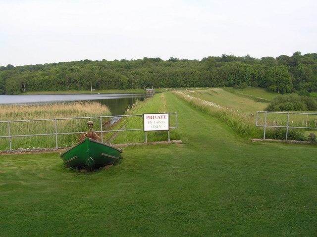 Powder Mill Reservoir - geograph.org.uk - 288495