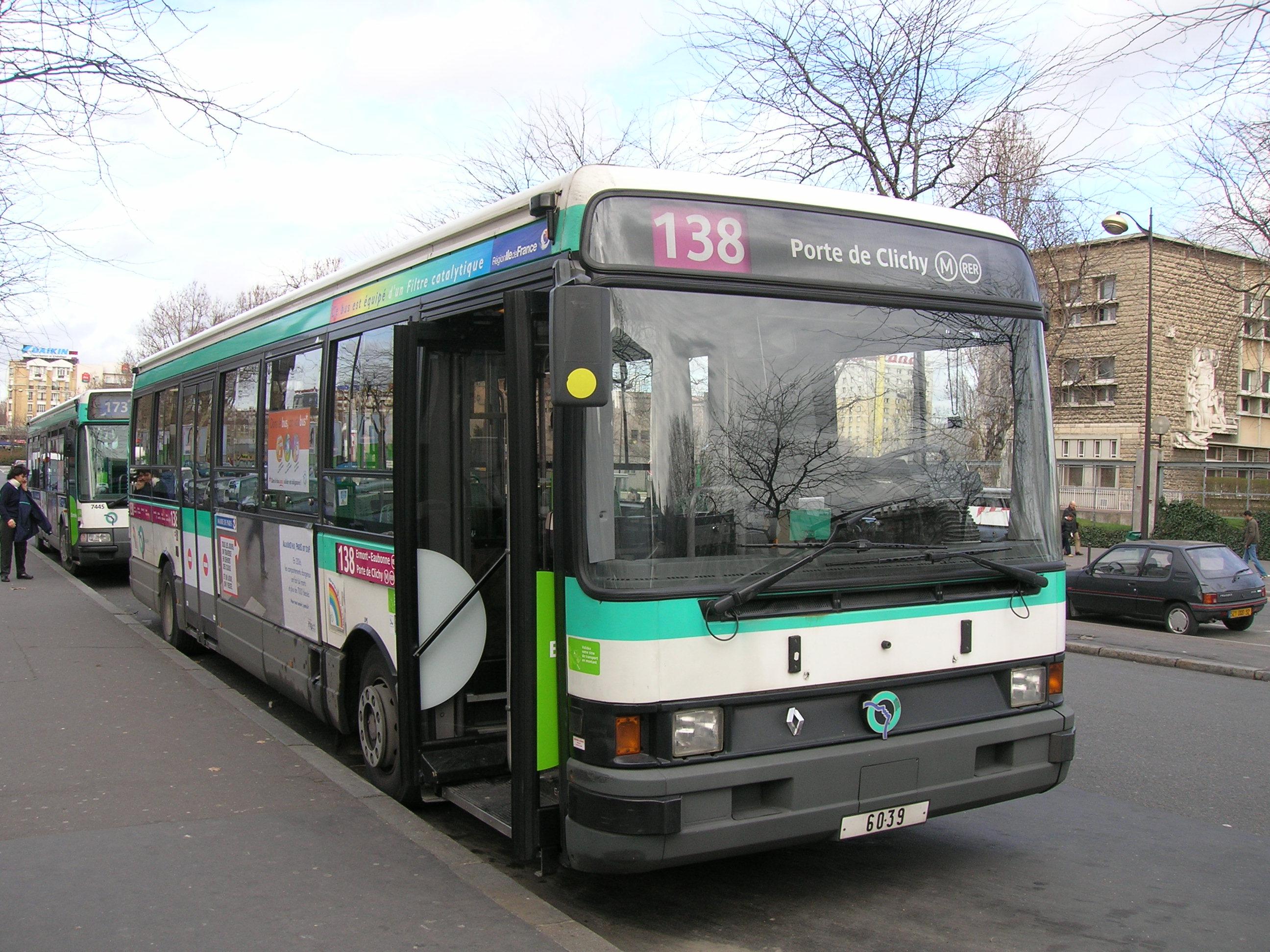 File RATP 138 Porte de Clichy JPG Wikimedia Commons # Renault Aulnay Sous Bois