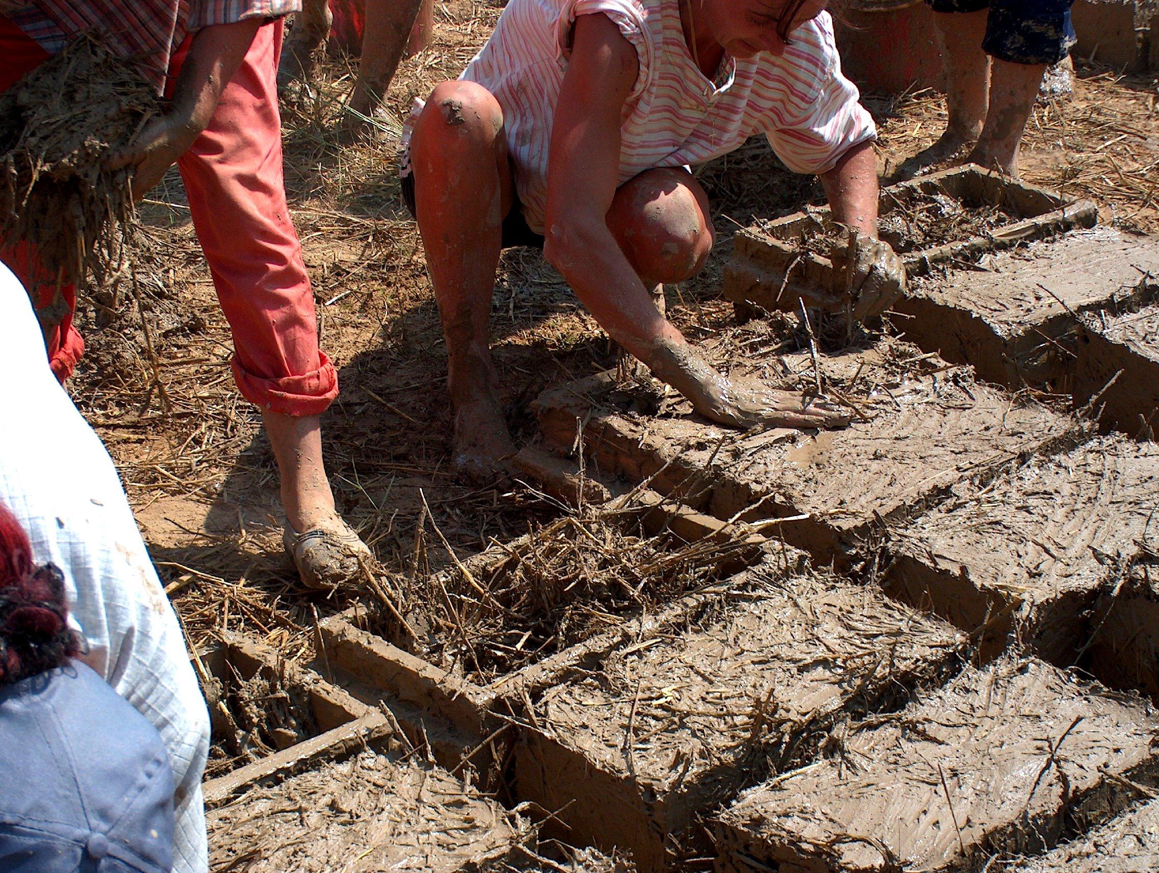 Обжиг кирпича из глины своими руками