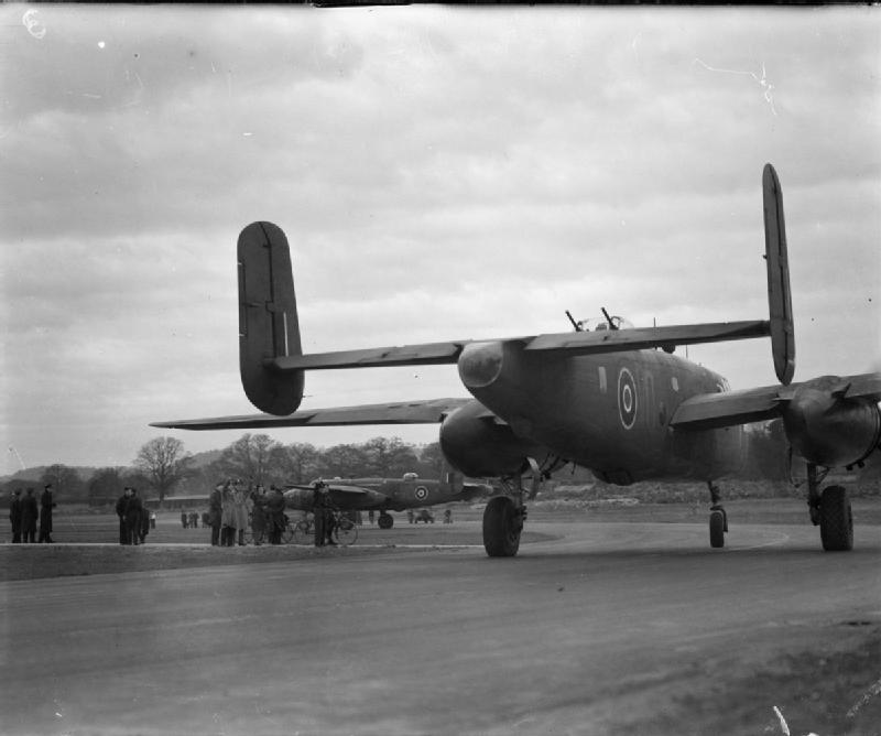 FileRoyal Air Force 2nd Tactical 1943 1945 CH11987