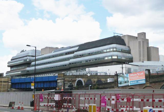 Ludgate House & Sampson House - Southwark - e-architect