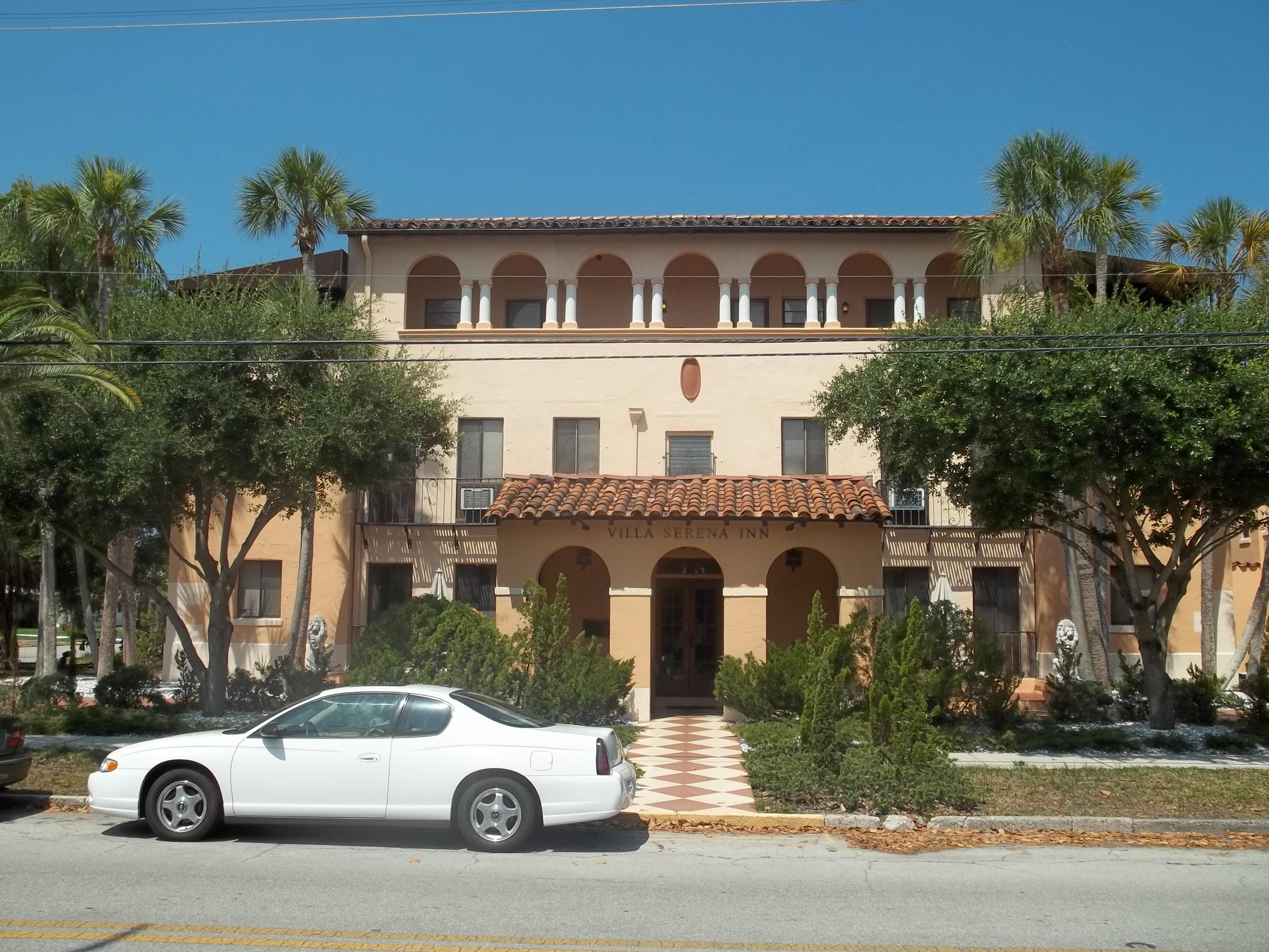 File Sarasota FL Villa Serena Apts01 Wikimedia mons