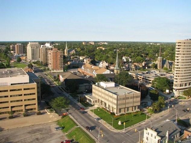 Sarnia City Hall and Downtown.jpg