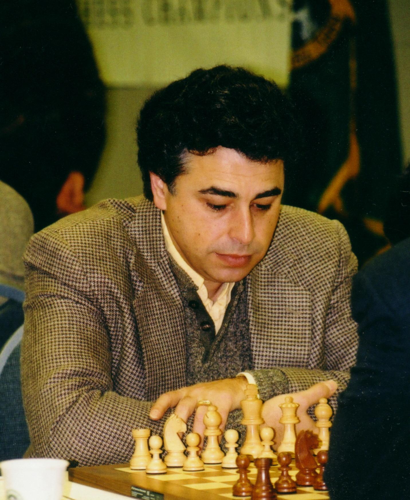 یاسر سیروان