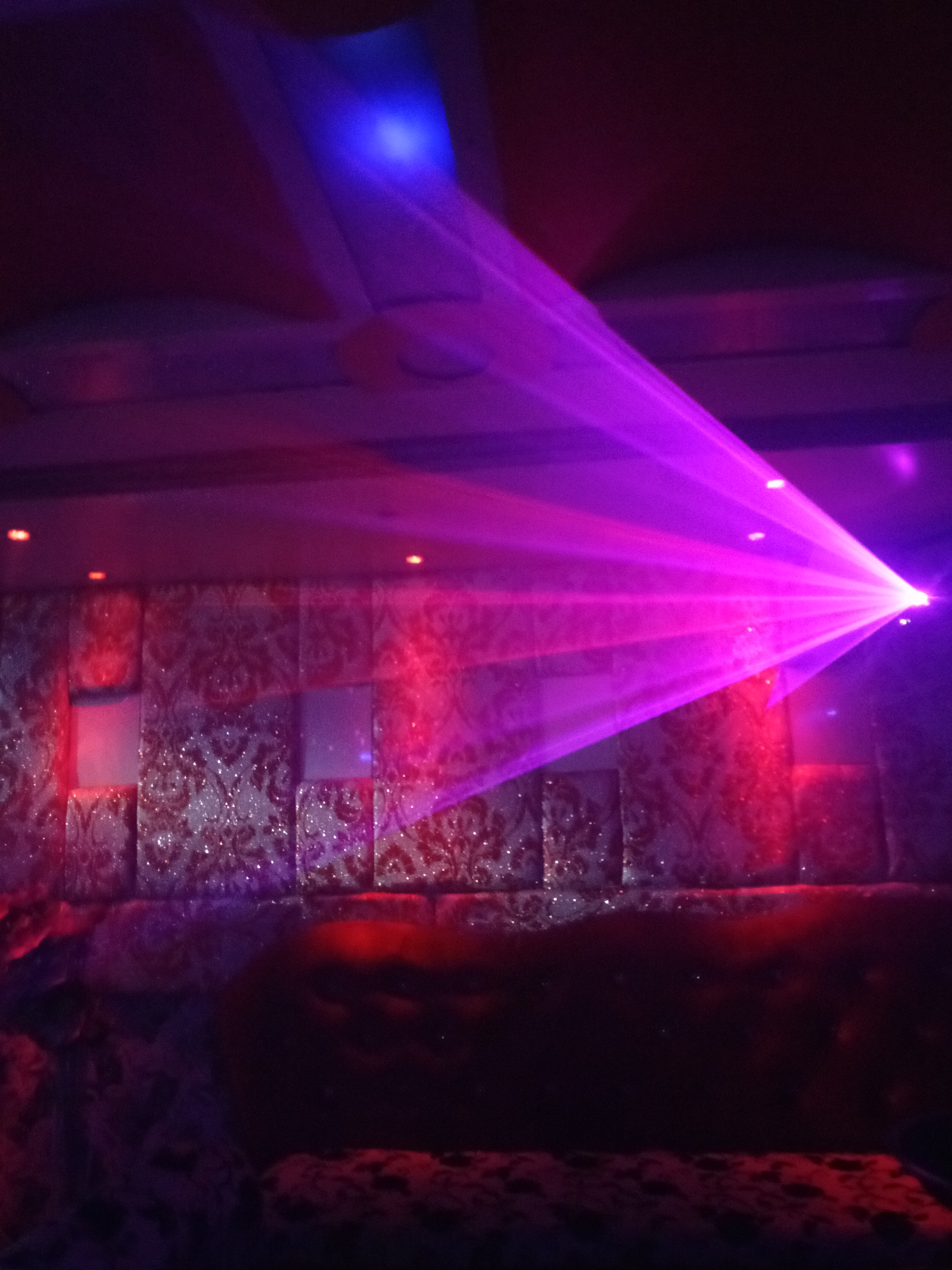 file sound sensitive club lights jpg wikimedia commons