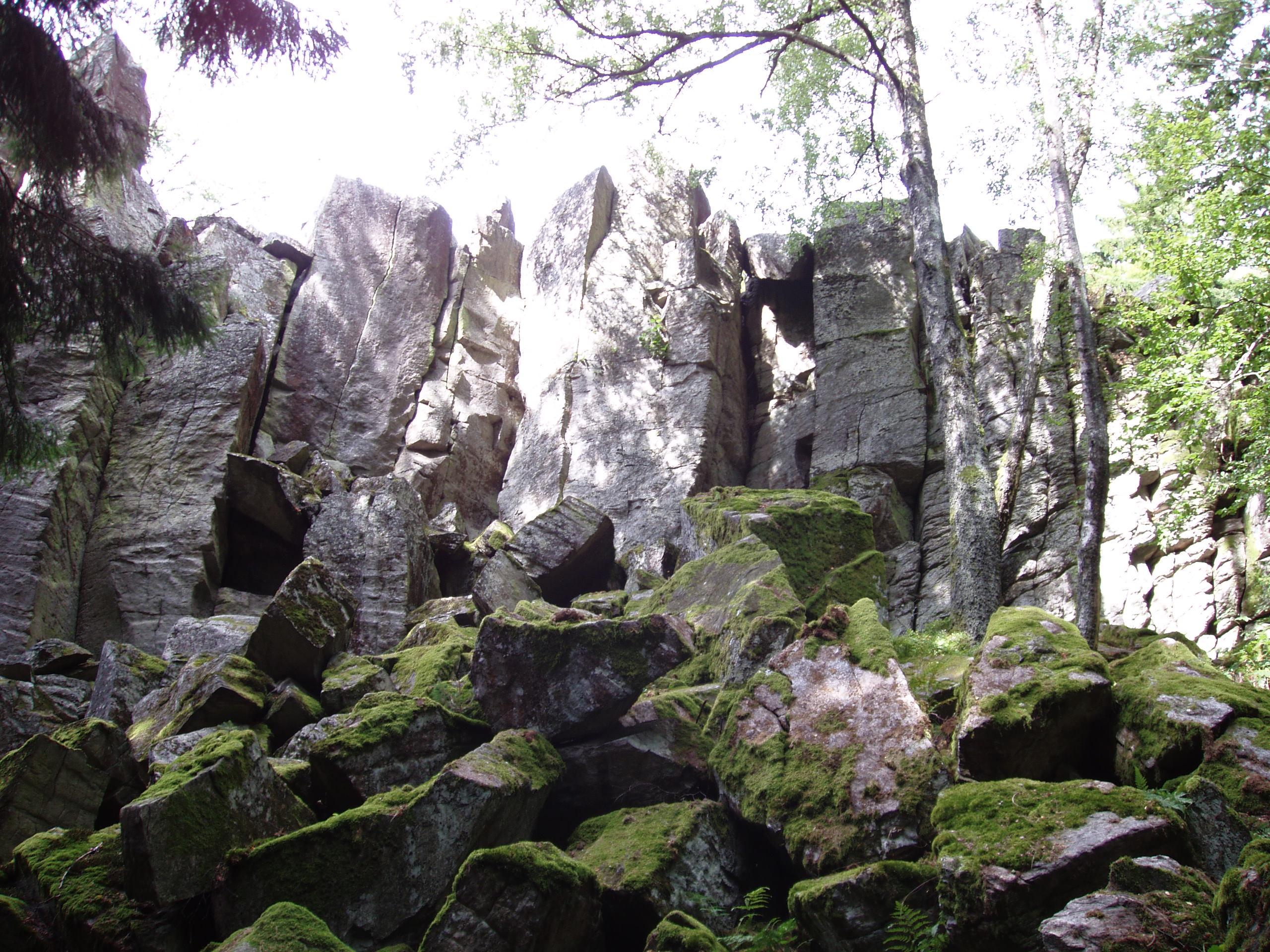 filesteinwand rhoenjpg - Steinwand