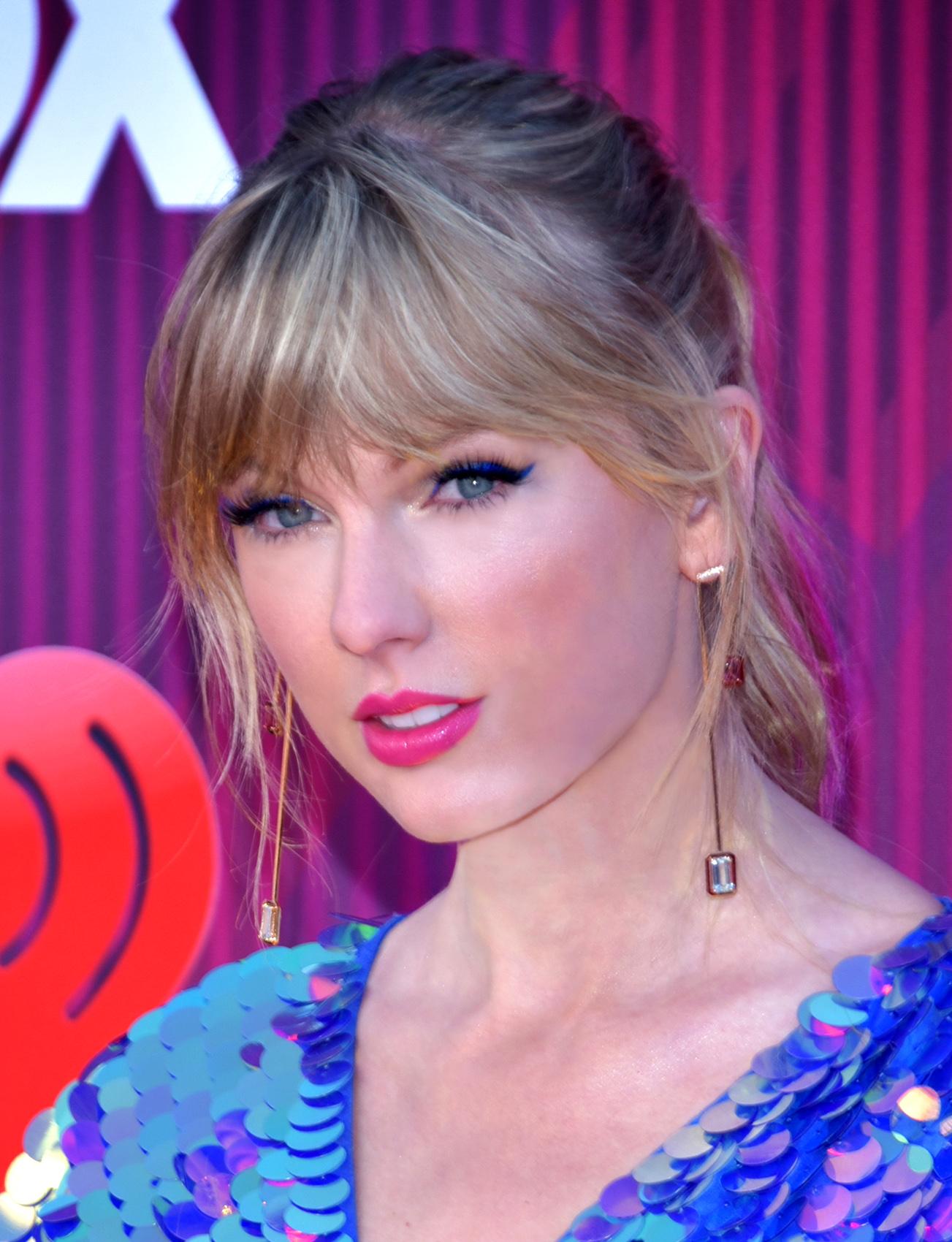 Taylor Swift - Wikipedia
