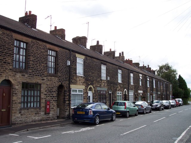 Terrace cottages Kings Moss - geograph.org.uk - 867641