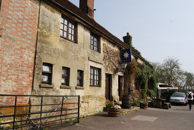 The Star, Old Heathfield - geograph.org.uk - 1248035