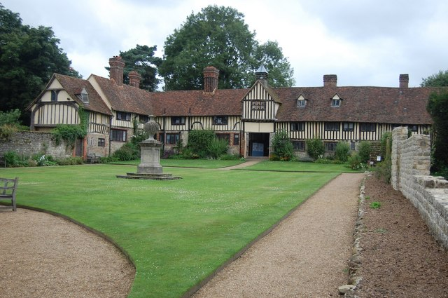 The Tudor Stable Block, Ightham Mote - geograph.org.uk - 908244