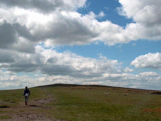 The gentle amble to the summit of Pendle - geograph.org.uk - 1640315