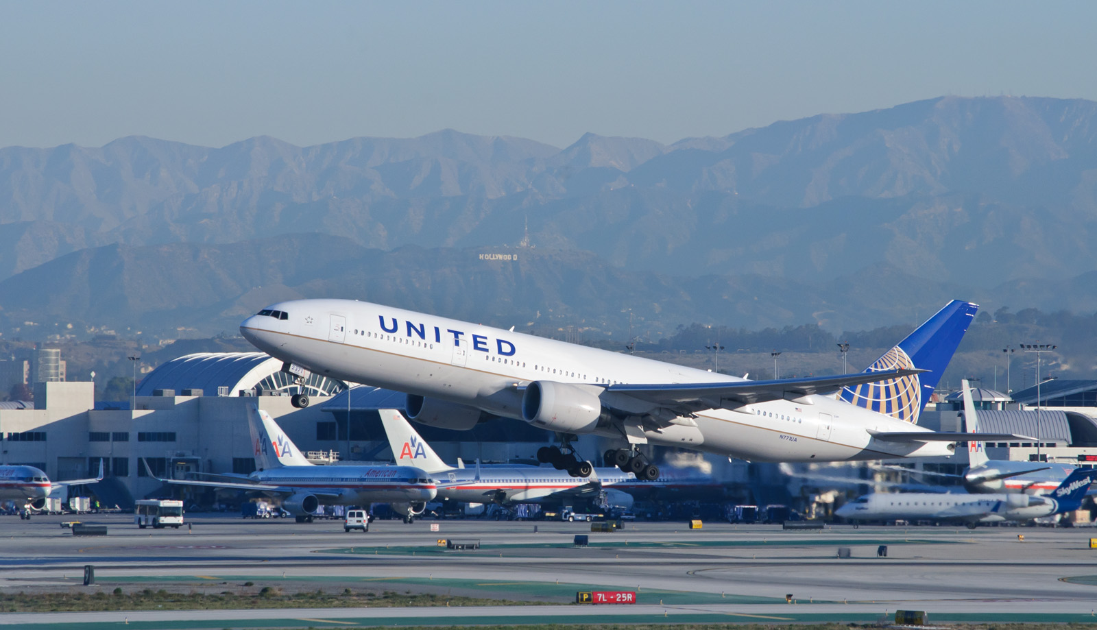 wiki history united airlines