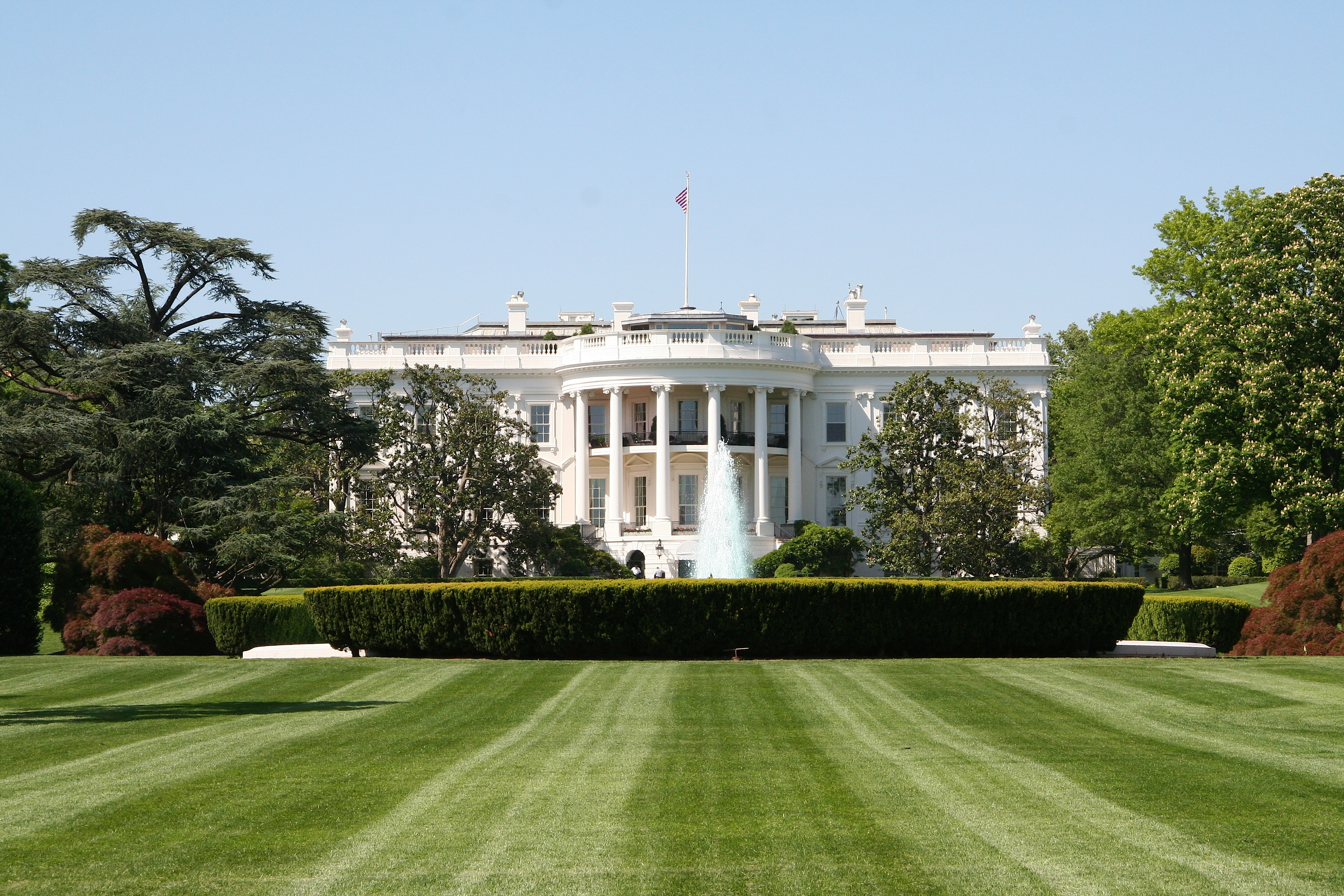 The White Housse Of File White House South Lawn Jpeg Wikimedia Commons