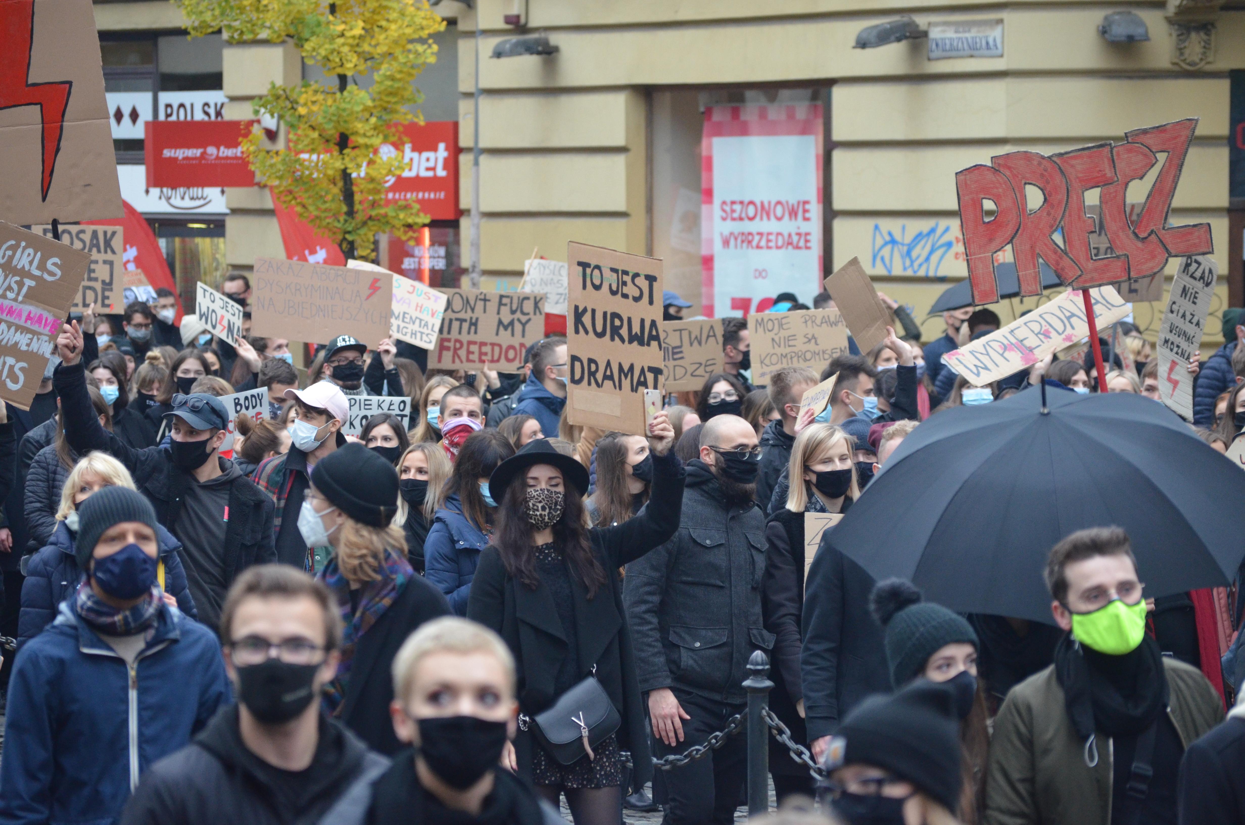 Protesty proti omezení potratů v Krakově