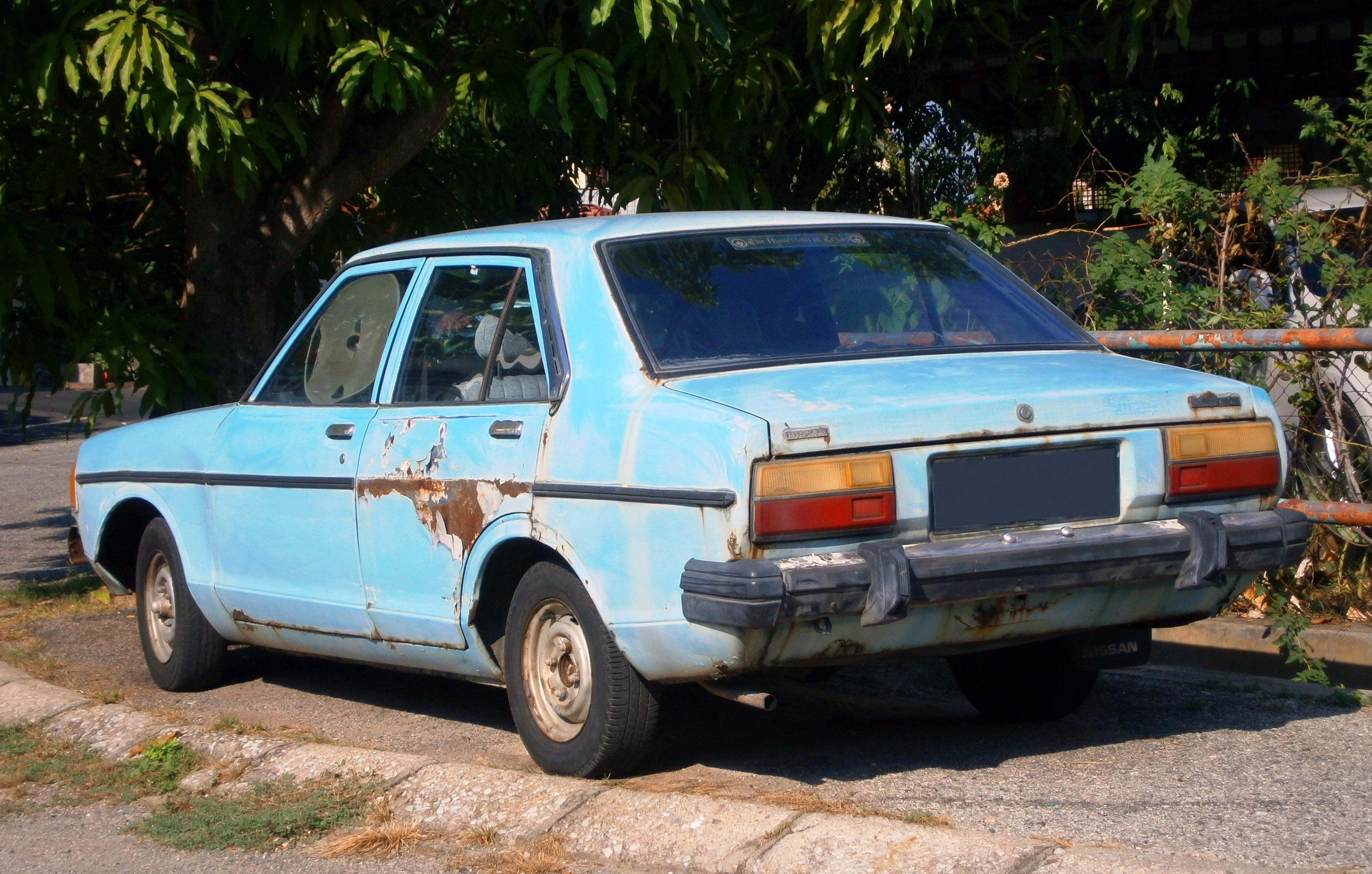 File:1979 Datsun 120Y (B310) saloon in Ipoh, Malaysia (02 ...