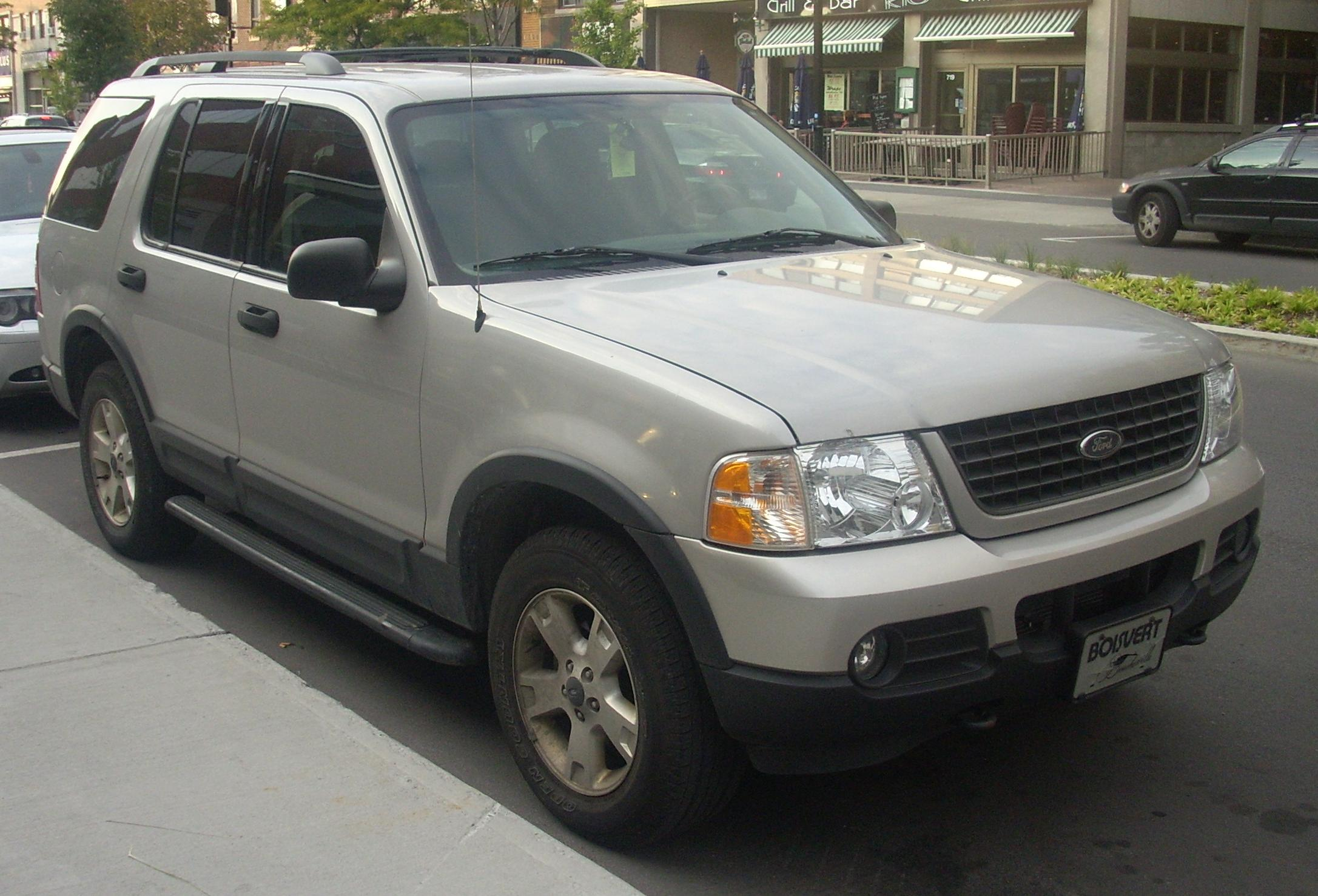 File Ford ExplorerJPG Wikimedia Commons - 2002 explorer