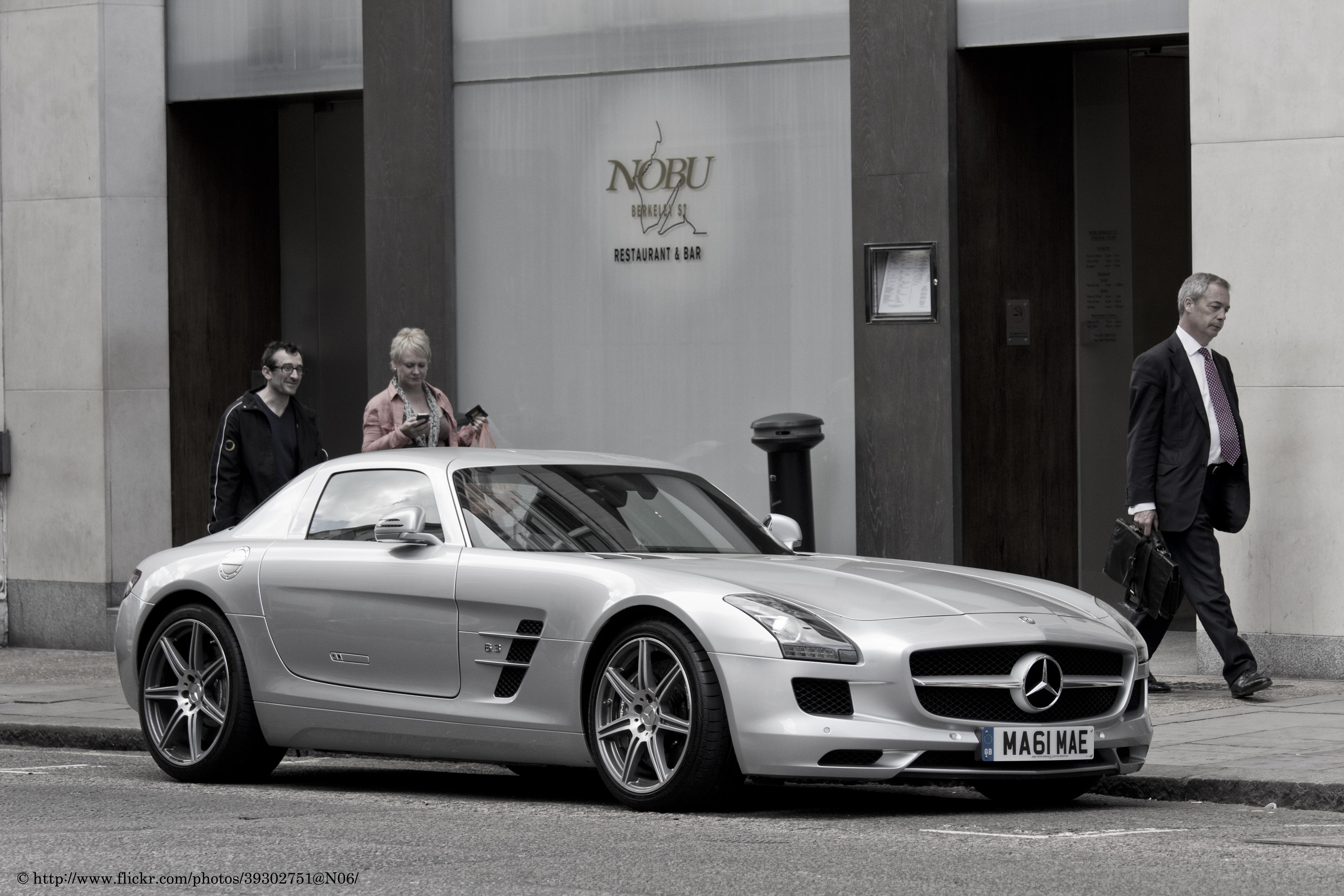 Mercedes Benz Sls Amg 2015 White