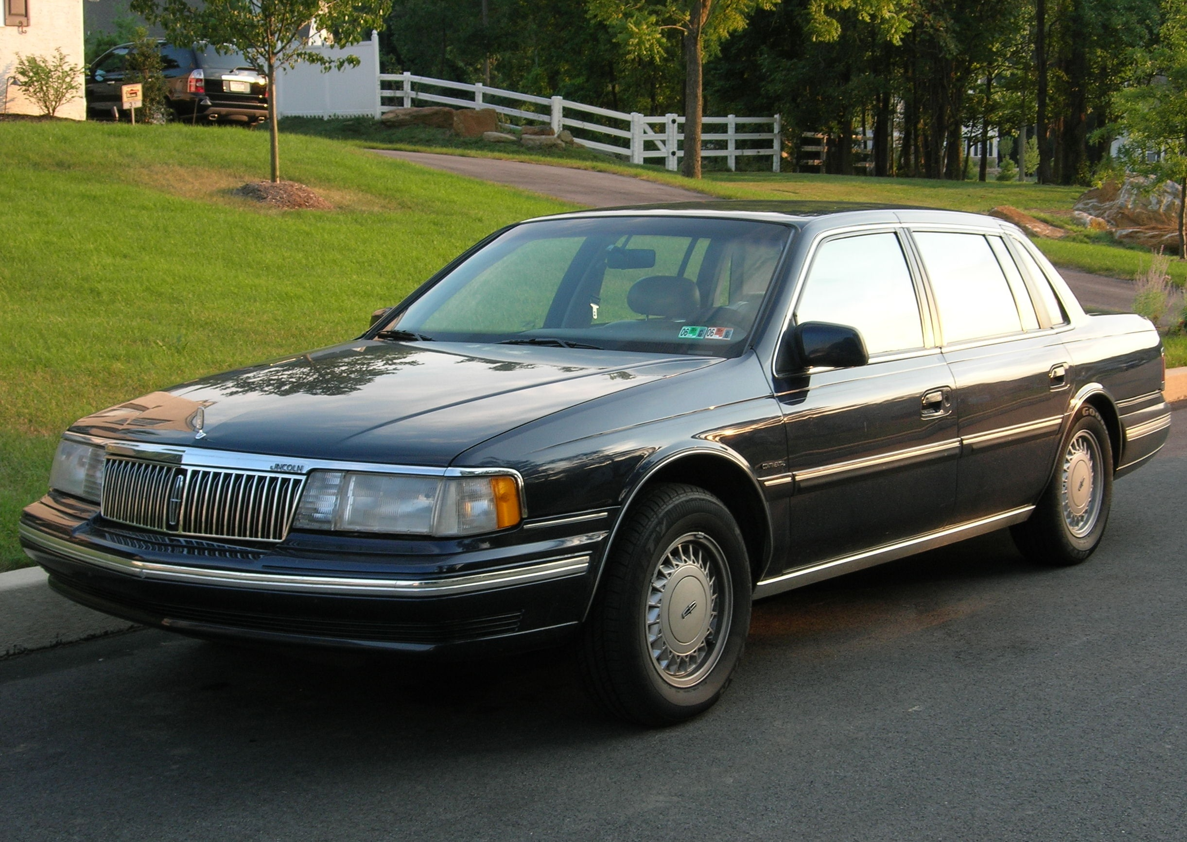 File A 1991 Lincoln Continental Jpg Wikimedia Commons