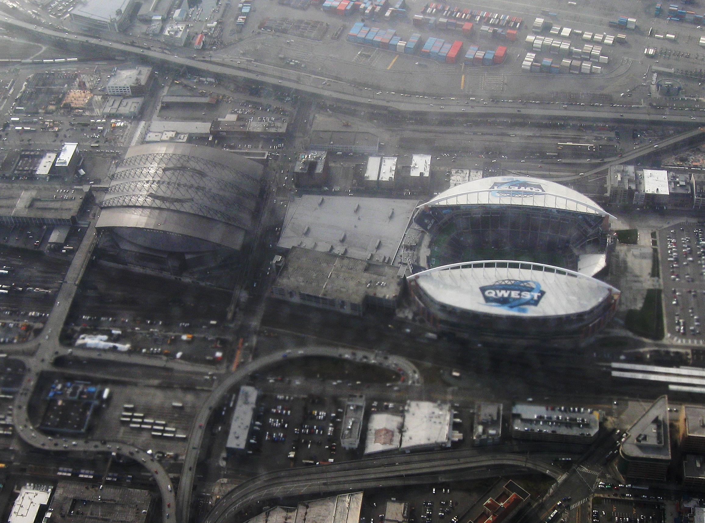 Seattle Football Stadium Tour