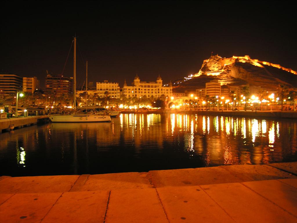 Https Commons Wikimedia Org Wiki File Alicante By Night Jpg