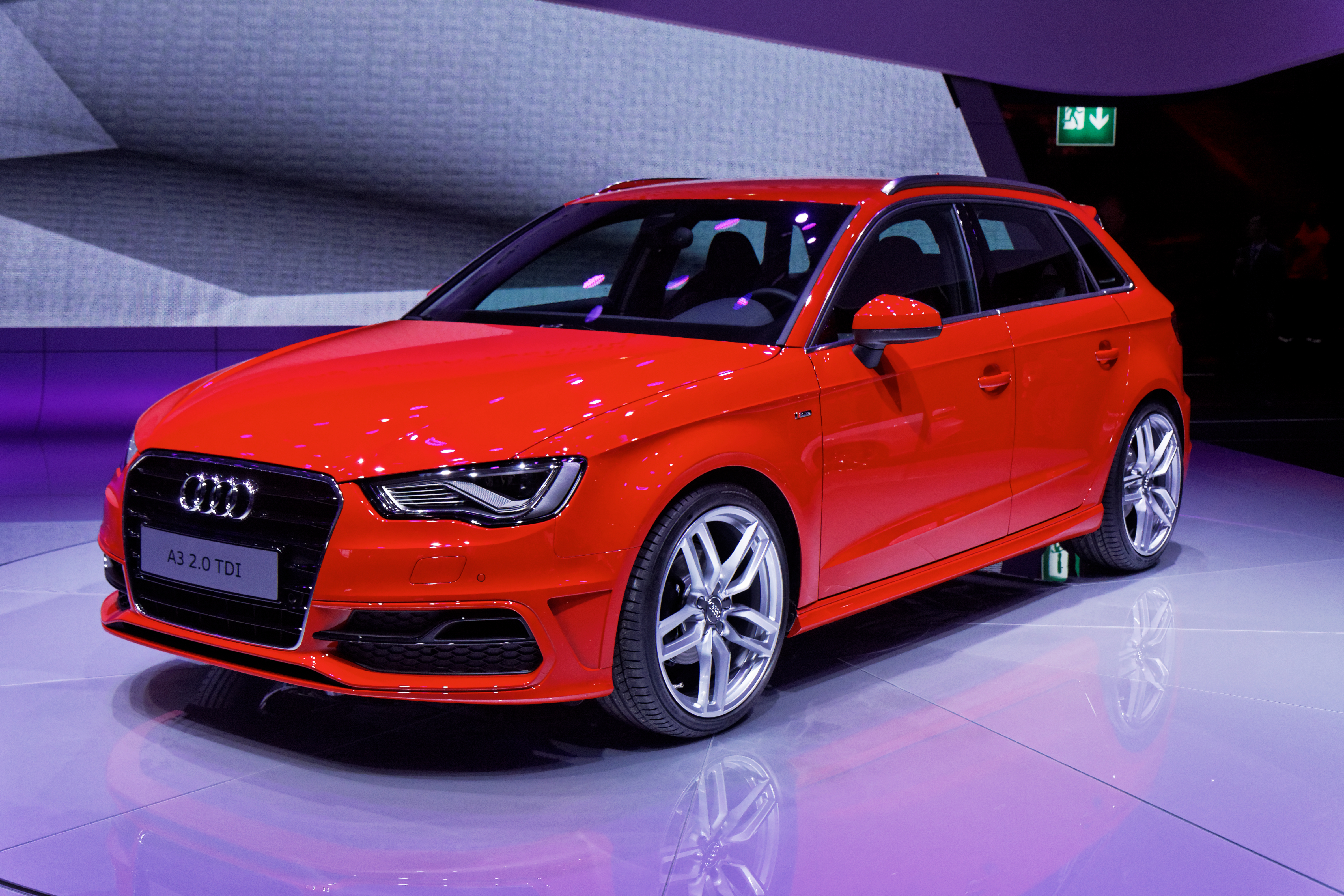 file audi a3 mondial de l 39 automobile de paris 2012 wikimedia commons. Black Bedroom Furniture Sets. Home Design Ideas