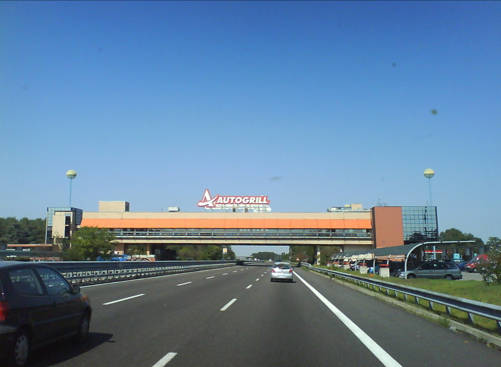 File autogrill wikimedia commons for Restaurant autoroute