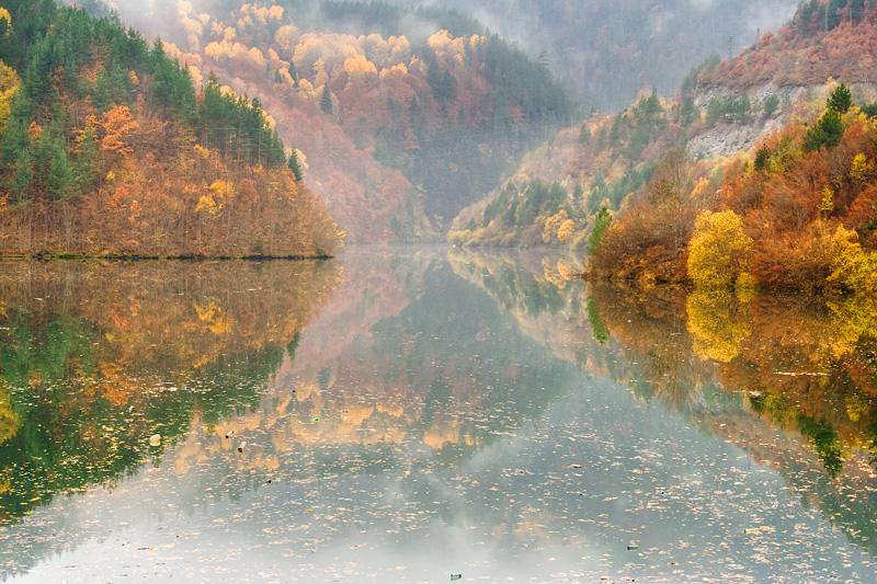 بُلغاريا لؤلؤة البلقــان .. Autumn_in_the_Rhodop