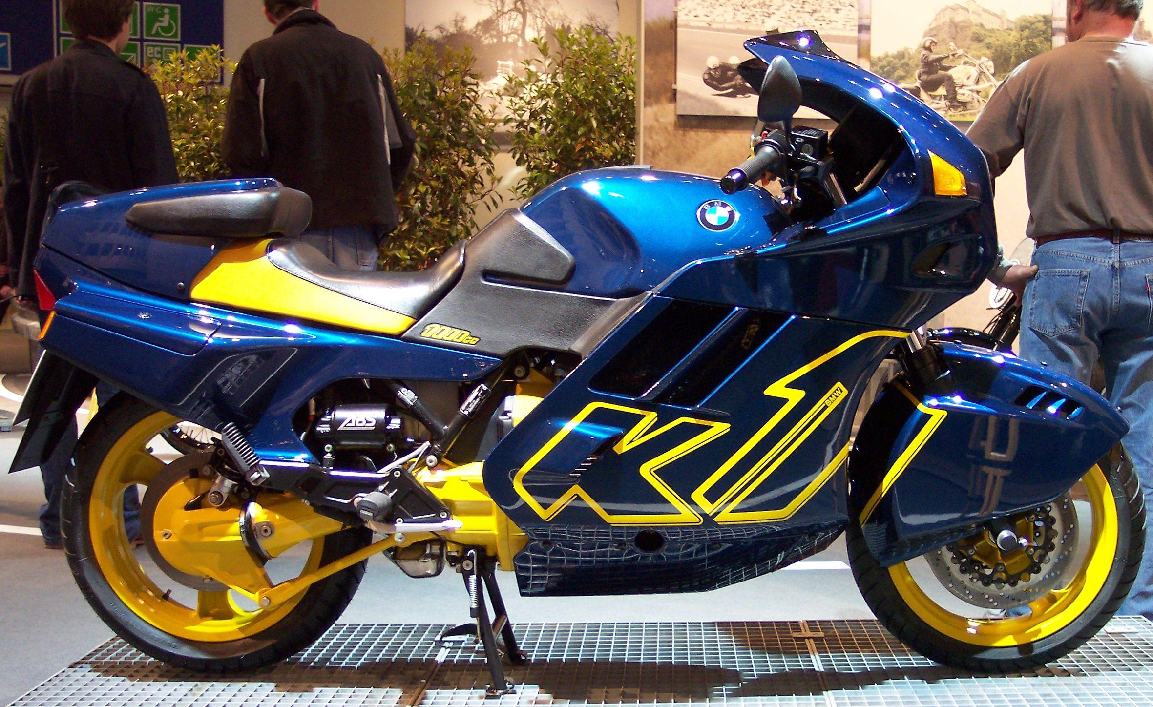 Description BMW K1 blue 1993 r TCE.jpg