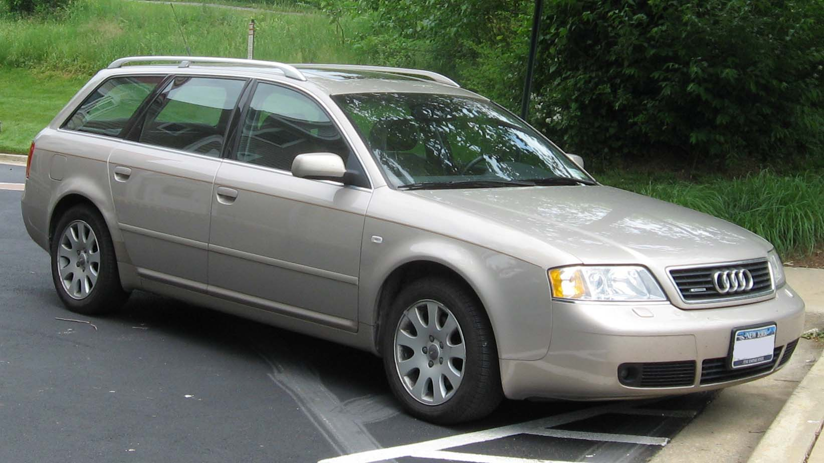 File:C5-Audi-A6-wagon.jpg - Wikimedia Commons