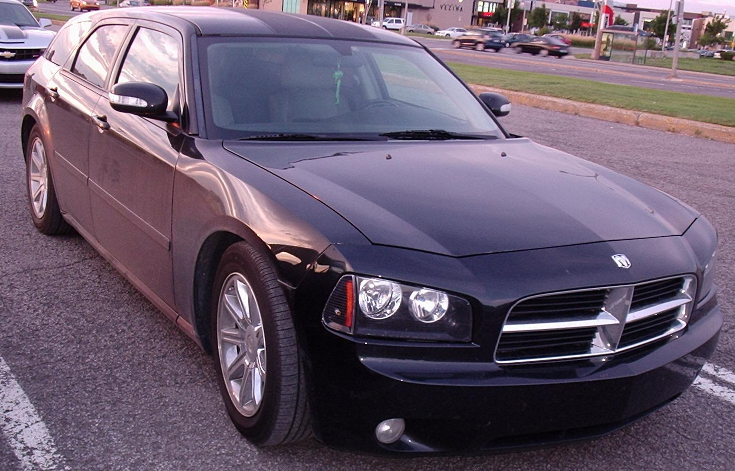FileDodge Magnum With Charger Grille Les chauds vendredis 10