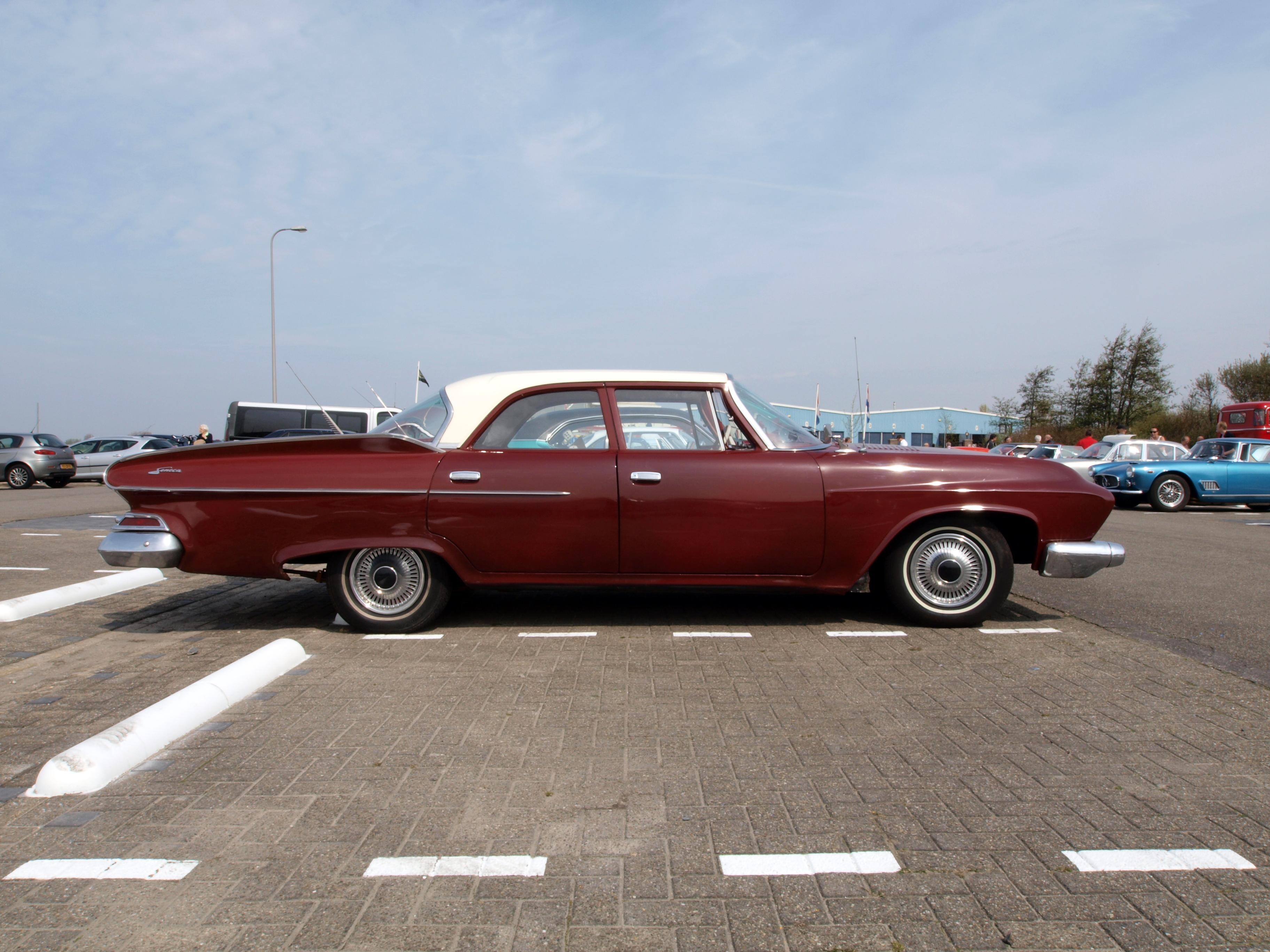Dodge_Seneca_(1961)_,_Dutch_licence_regi