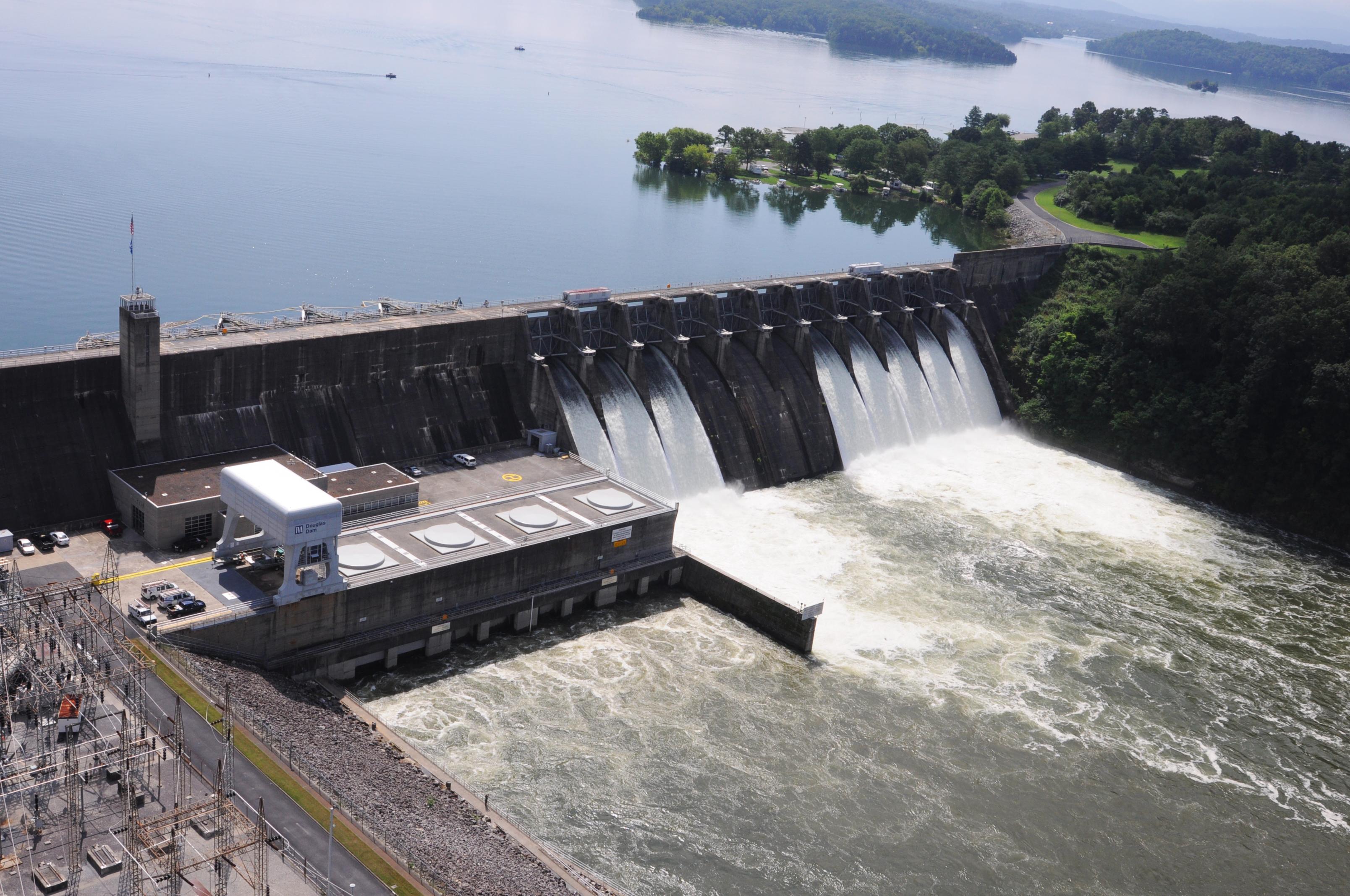 Douglas Dam - Wikipedia