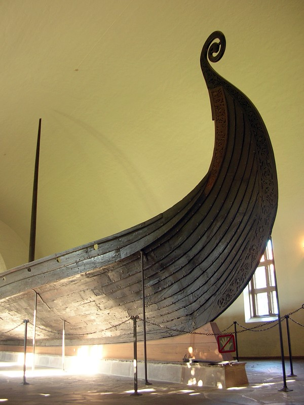exhibition-in-viking-ship-museum-oslo-01