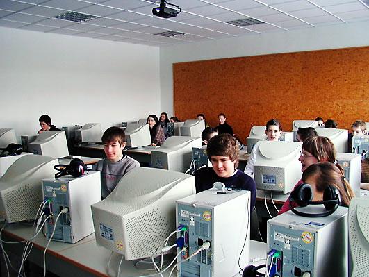 Computerraum in einer Schule 2005