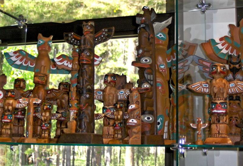 File:Gift shop, Maligne Canyon, Jasper National Park, Alberta ...
