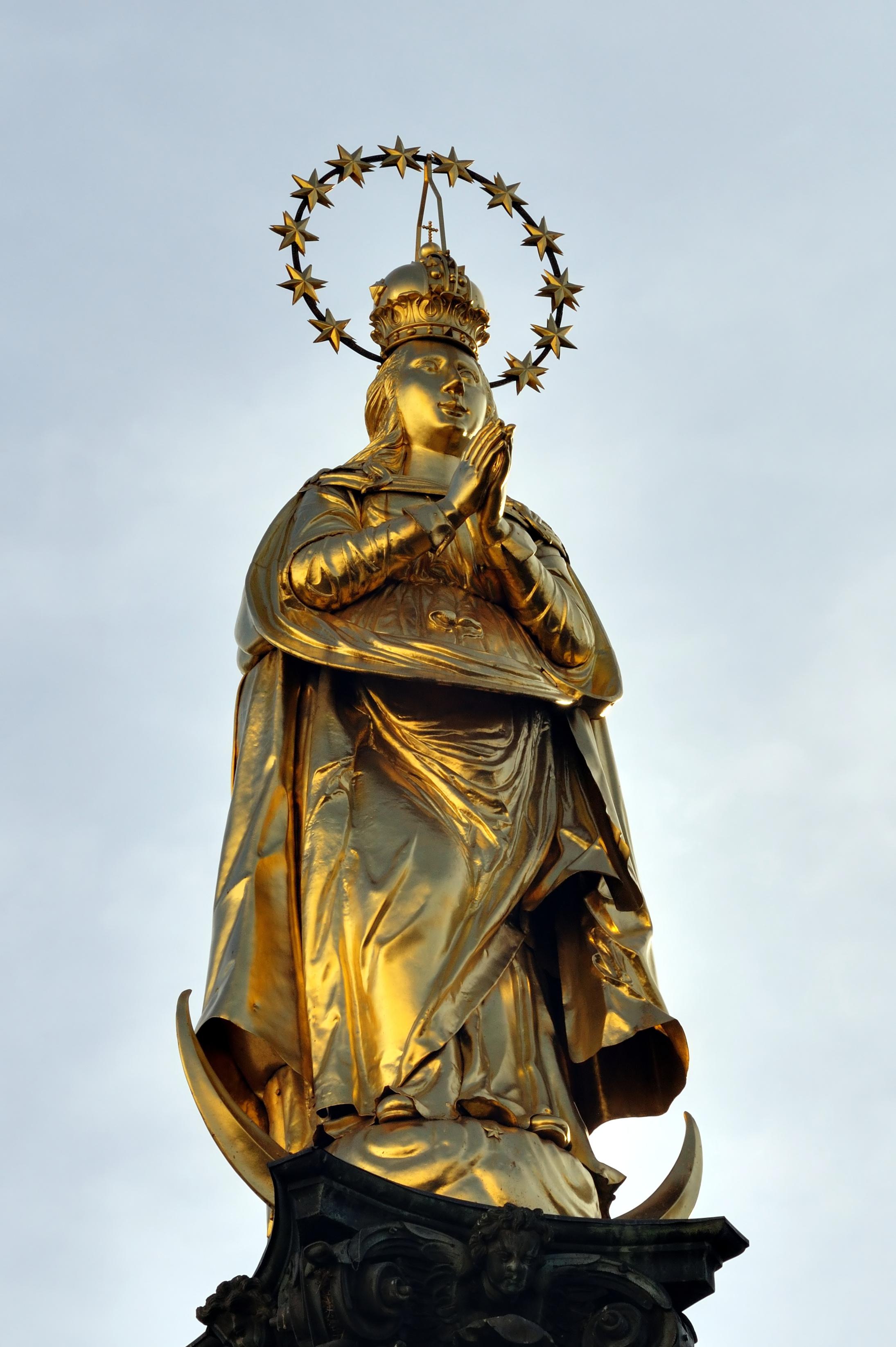 Statue der Mariensäule Am Eisernen Tor
